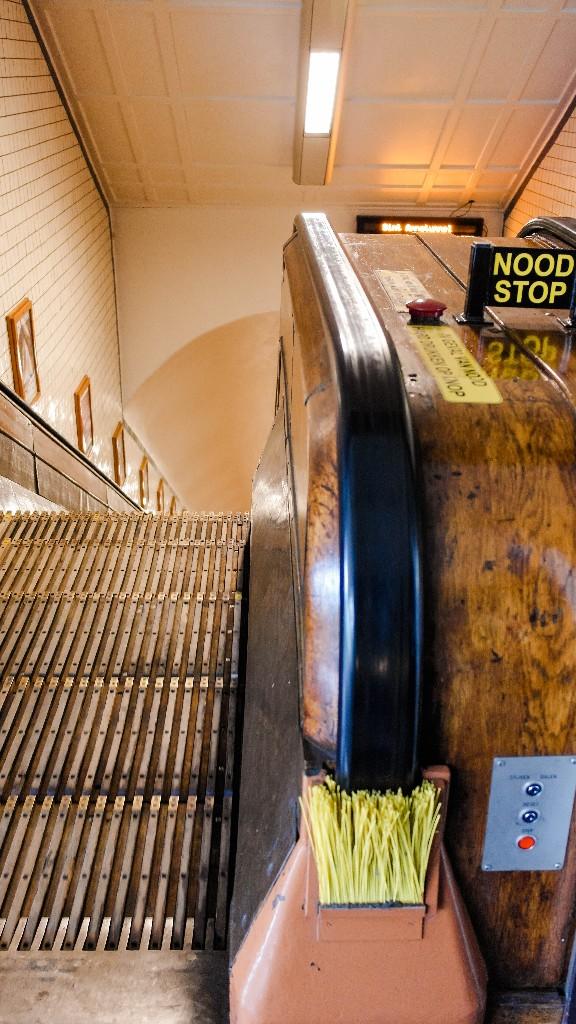 Historische Rolltreppen aus Holz Antwerpen